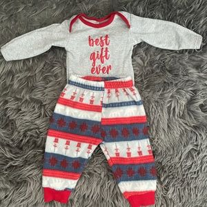 Chick Pea Best Gift Ever Outfit